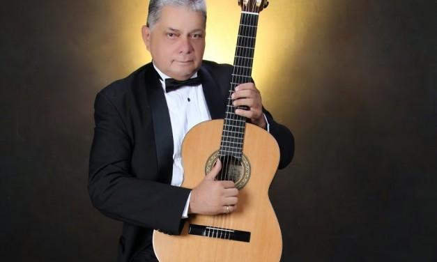 Concierto del guitarrista Gabriel Tapia en la Casa de America Latina