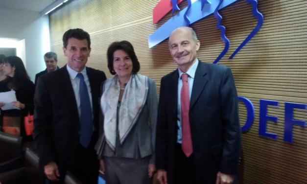 Encuentro de la Embajadora Pilar de Alemán con empresarios franceses