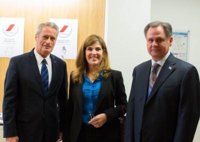 Embajador de Francia, SE Hugues Goisbault, Sra. Liz de Faarup, Embajador de Panama en Francia, SE Henry Faarup