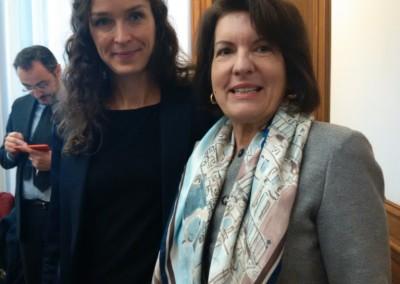 Embajadora Pilar de Aleman con Sra. Estelle, encargada de la plataforma wiki gender en el Centro de Desarrollo de la Ocde.