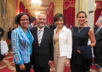 Mariana Pereira, Sr. y Sra. Omar Alfanno y Eloisa Dutari