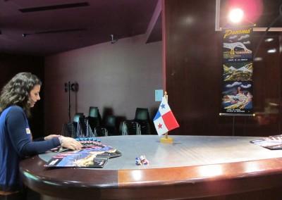 Lucy preparando el espacio reservado para Panama