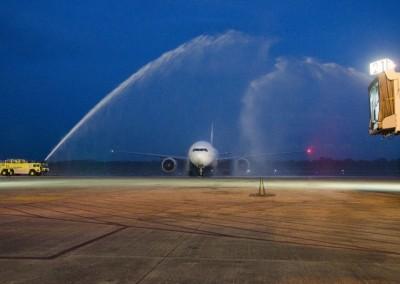 Aterrizaje del vuelo inaugural en Panama