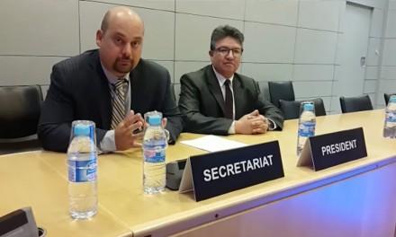 Secrétaire d'GAFI félicite Panama, 18 février 2016.