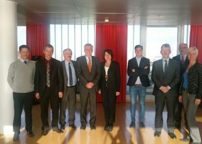 Embajadora Pilar de Alemán con el Presidente de la Cámara de Comercio Internacional, Vianey de Chalus, y empresarios de la región de Normandie.