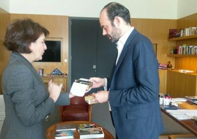 Reunión de la Embajadora Pilar de Alemán con el Alcalde de Le Havre, Edouard Philippe.