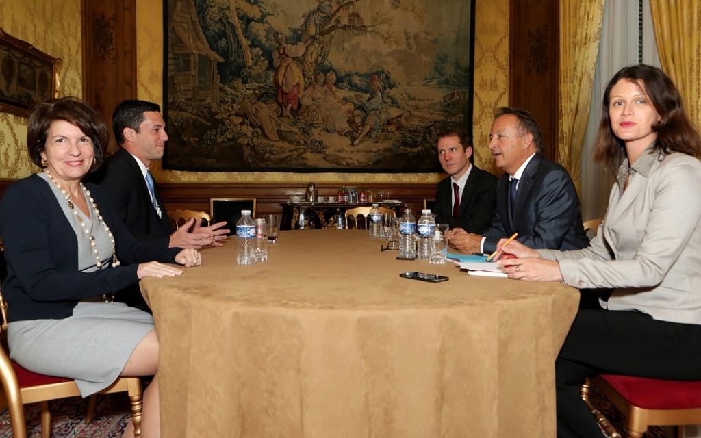 Panamá solicita a Francia trabajar en igualdad de condiciones