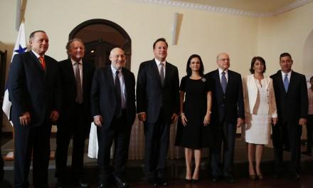 Le Président Varela lance le Comité Indépendant dans le but d'évaluer les pratiques du système financier du Panama