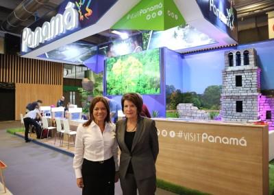 Feria Internacional de turismo Top Resa, Viceministra Jennifer Champsaur y Embajadora Pilar de Alemán.