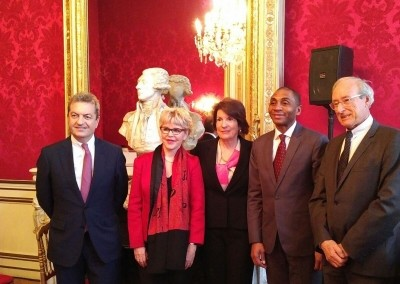 Conferencia de la Embajadora Pilar de Alemán en France Amériques sobre Panamá, puerta de entrada de las Américas.
