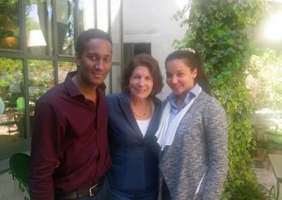 Reunión con estudiantes panameños, Andrés y Rosario.