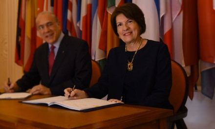 Carta de despedida de la Embajadora de Panamá en Francia, Su Excelencia Pilar Arosemena de Alemán