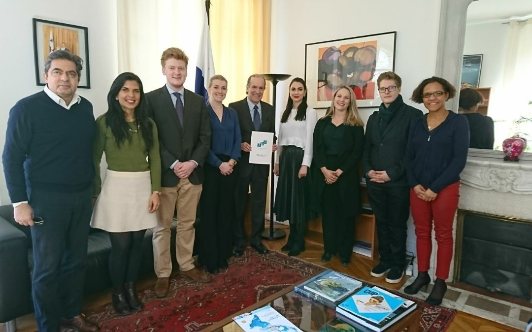 Visita de los estudiantes del Instituto de Ciencias Políticas, miembros de la asociación Junior Diplomat Initiative France
