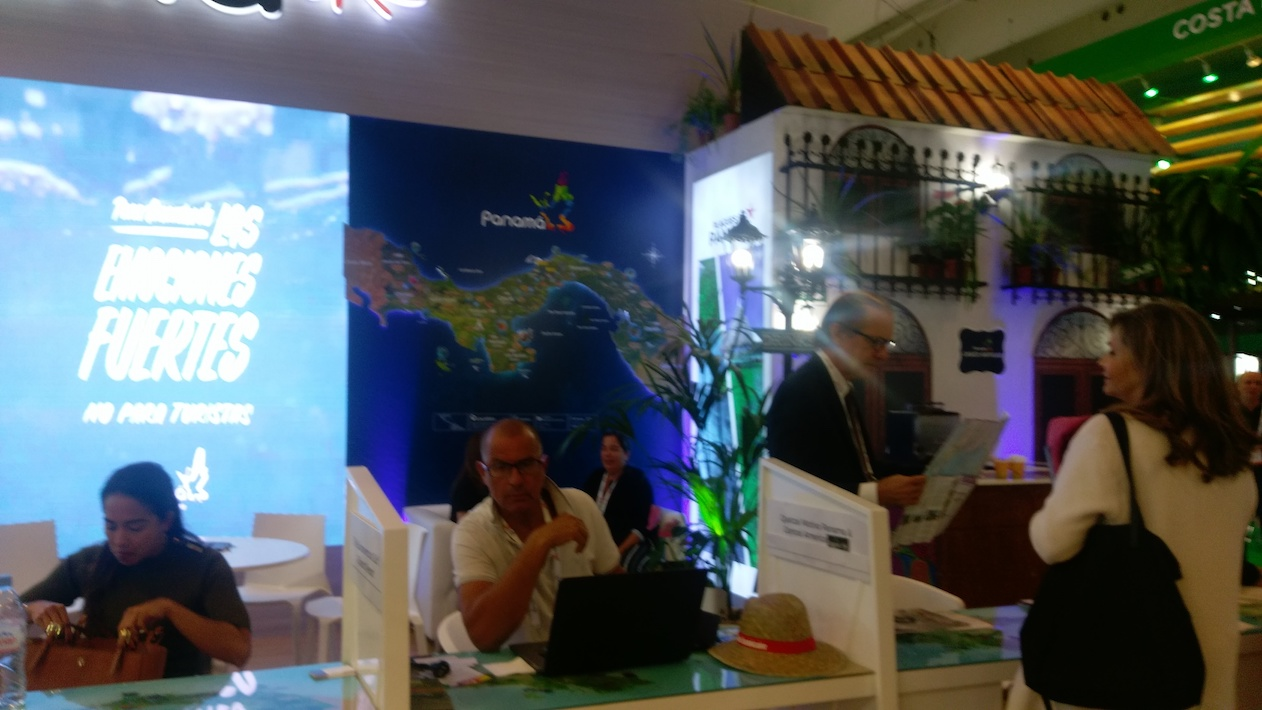 Visita del stand Panamá en la Feria internacional de turismo Top Resa, París, 27 de septiembre 2018