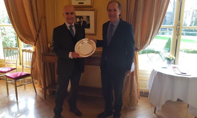 Réception d'au revoir à son Excellence M. Álvaro de Soto, Ambassadeur du Pérou.