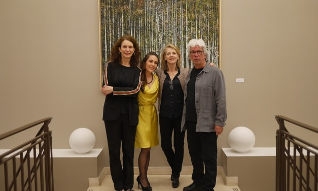 Vernissage de l'exposition du peintre panaméen David Solis, le 23 mai 2019, à la Casa de América Latina à Paris