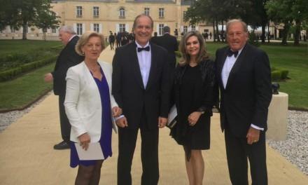 Participación del Embajador Jose Fabrega Roux y Señora a la Fiesta de la Flor que clausura la feria internacional de vino Vinexpo 2019