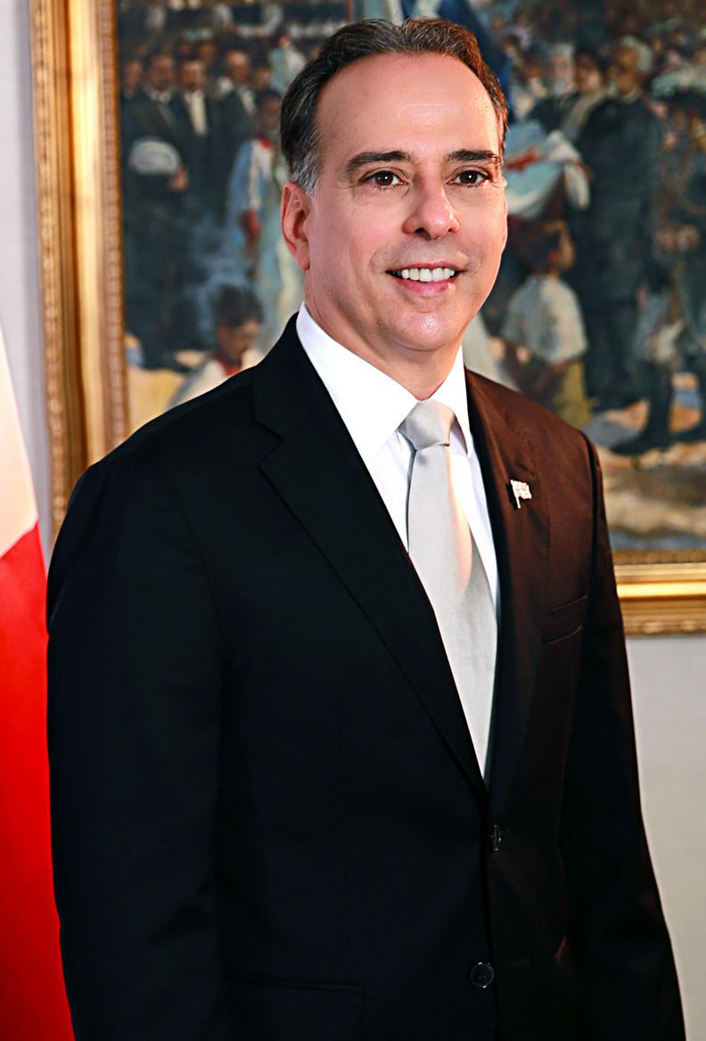 Dr. Alejandro Ferrer - Ministro de Relaciones Exteriores