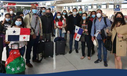 Mensaje de la Embajada de Panamá en Francia a los pasajeros y personas involucradas en el Vuelo Humanitario del 10 de mayo de 2020