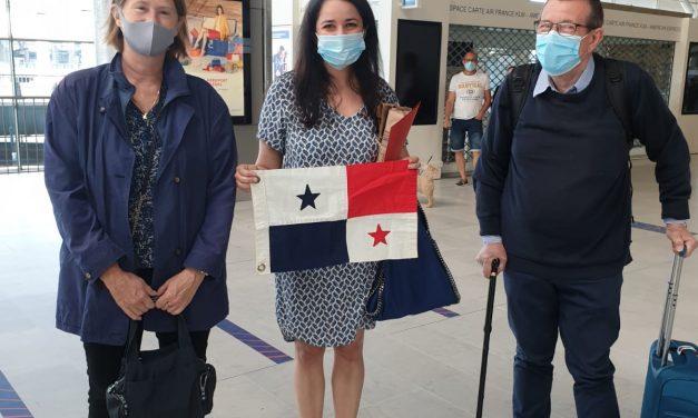 En el día de hoy apoyamos a panameños en Francia para que regresen a nuestro país