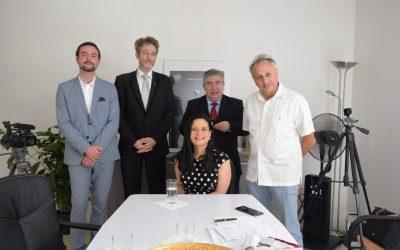 S.E. Issamary Sánchez fue invitada a entrevista en Radio París Plurielle