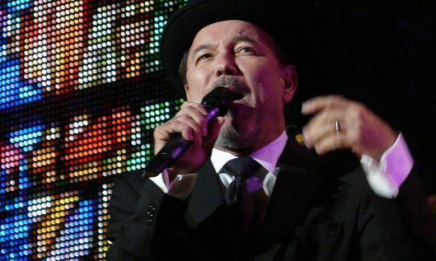 En souvenir du concert de Rubén Blades, année 2018 en France.