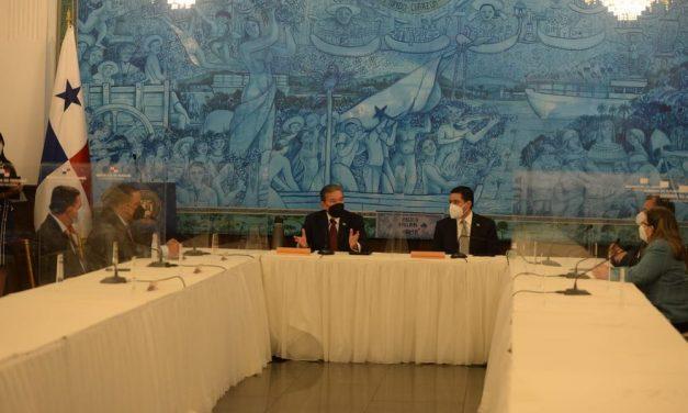 Reunión de los presidentes de los 3 órganos del Estado; hablaron de pandemia, economía y listas
