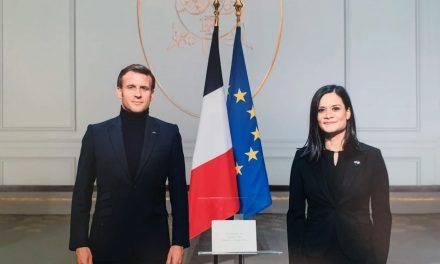 SE Issamary Sánchez entregó cartas credenciales al Presidente de la República de Francia, Emmanuel Macron.