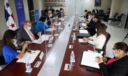 Panamá mantiene 'esfuerzos' para ser excluida de listas discriminatorias