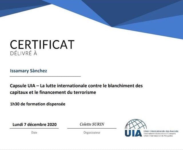 Participation de SE Issamary Sánchez à un événement sur la lutte internationale contre le blanchiment des capitaux et ft