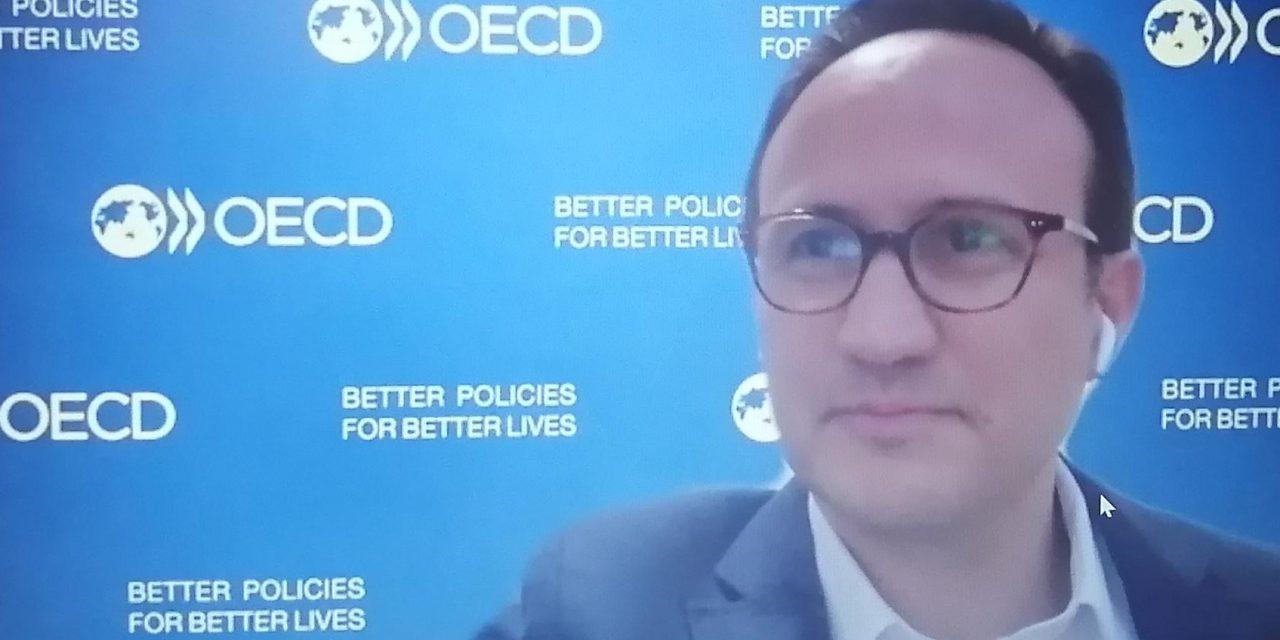 Nuestra Embajadora participó del DEV Talks de la OECD sobre ¿Cómo diseñar un nuevo contrato social en América Latina?, resaltando que Panamá se encuentra realizando el Pacto Bicentenario.