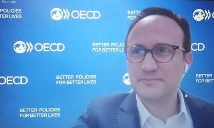 Notre Ambassadrice a participé de l'OECD DEV TALKS sur la façon de concevoir un nouveau contrat social en l´Amérique latine, soulignant que le Panama met en œuvre le pacte du bicentenaire.