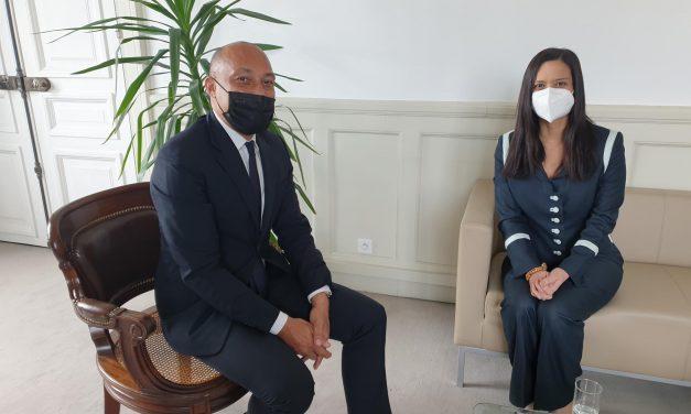 SE Issamary Sánchez sostuvo reunión con el señor Arnaud NGATCHA, Adjunto a la Alcaldía de París a cargo de los asuntos internacionales, donde conversamos de temas de interés entre Panamá y Francia.
