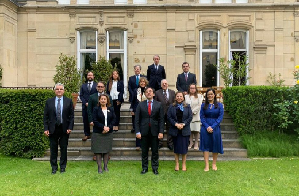 Reunión de Embajadores de Iberoamérica en Francia.