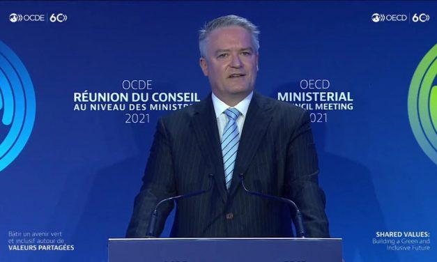Participamos de la ceremonia de entrega del nuevo Secretario General de la OCDE, Matías Cormann.
