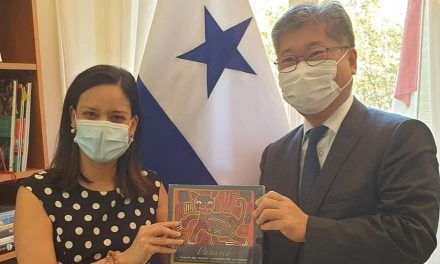Reunión con el Dr. Young Tae Kim, Secretario General del Foro Internacional de Transporte de la OCDE.